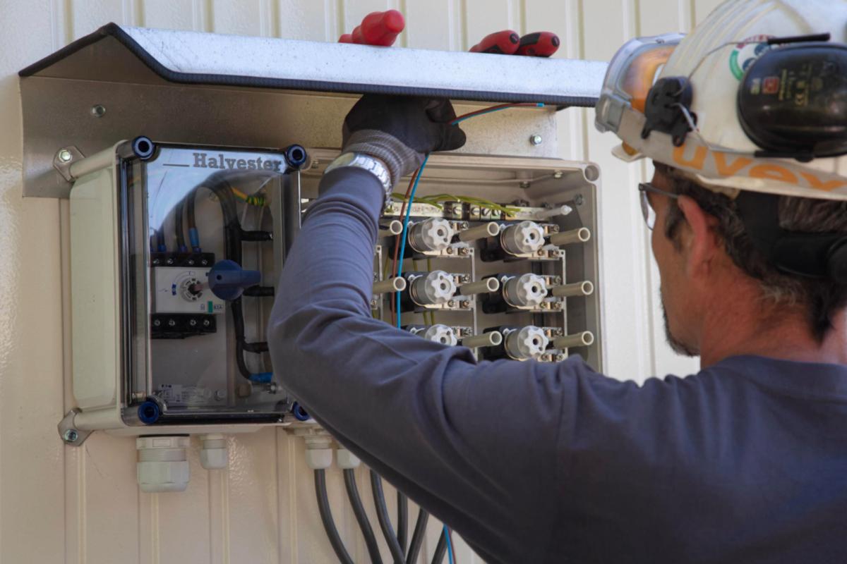 Aannemersbedrijf Dordrecht voor elektra werkzaamheden