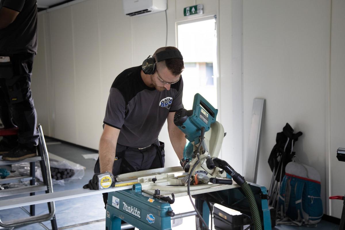 installatiebedrijf Dordrecht bezig met een bouw en installatie klus